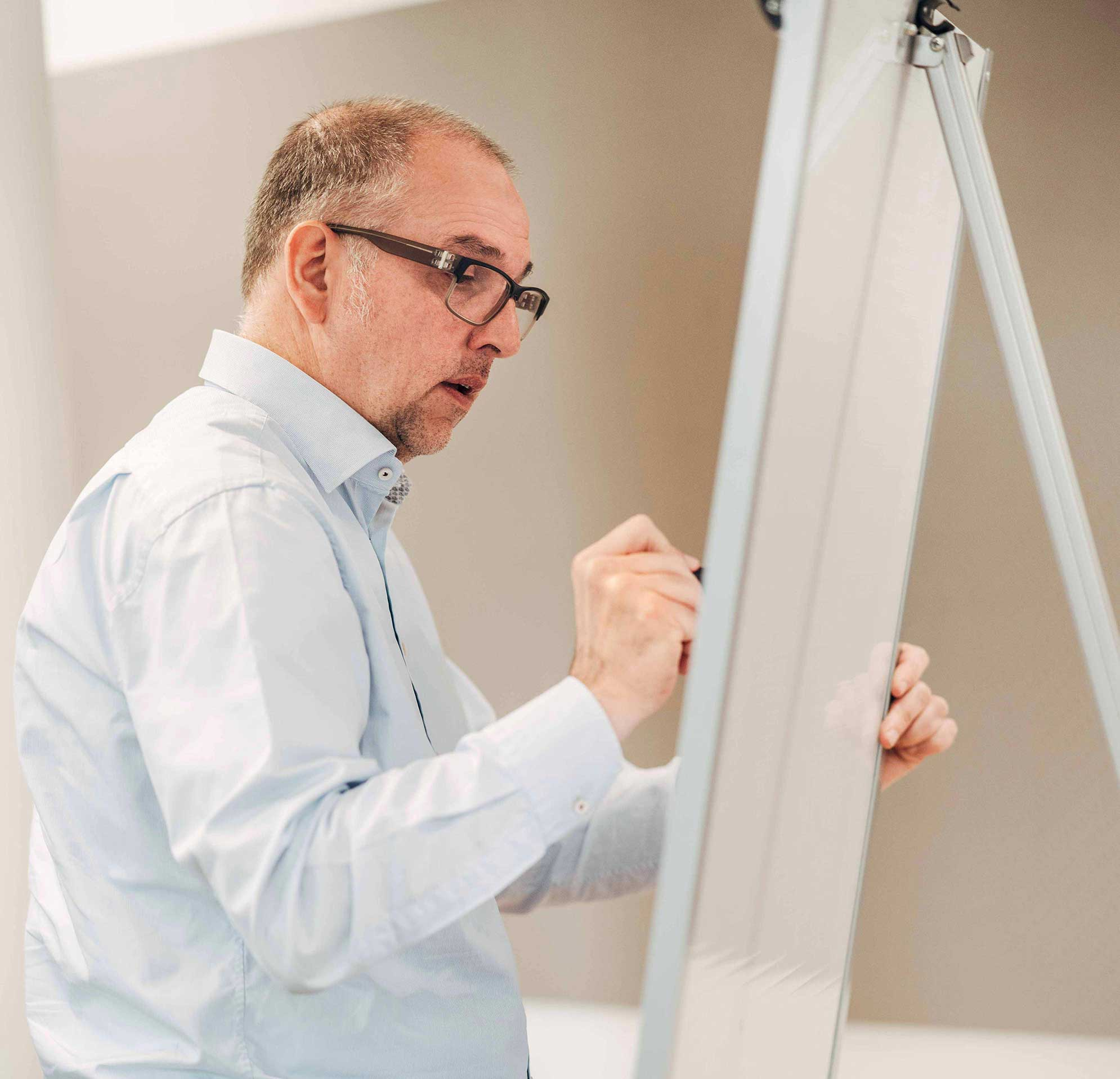 Gregor Regensberger, Senior Brand Manager Beratung bei der Markenagentur Lighthouse ®