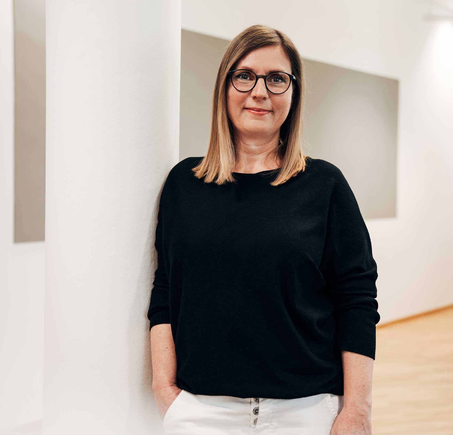 <b>Veronika Schaale</b><br/> Brand Manager Text